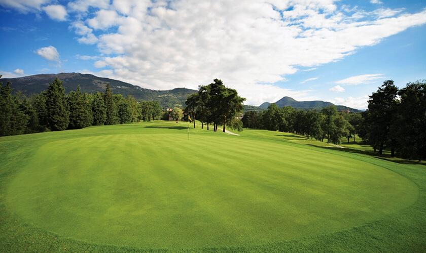 Golf Club Bergamo L'Albenza in Almenno San Bartolomeo (Bg)